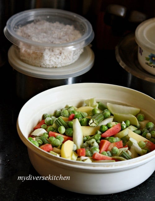 aviyal-mixed-vegetables-in-a-thick-spicy-coconut-sauce 2