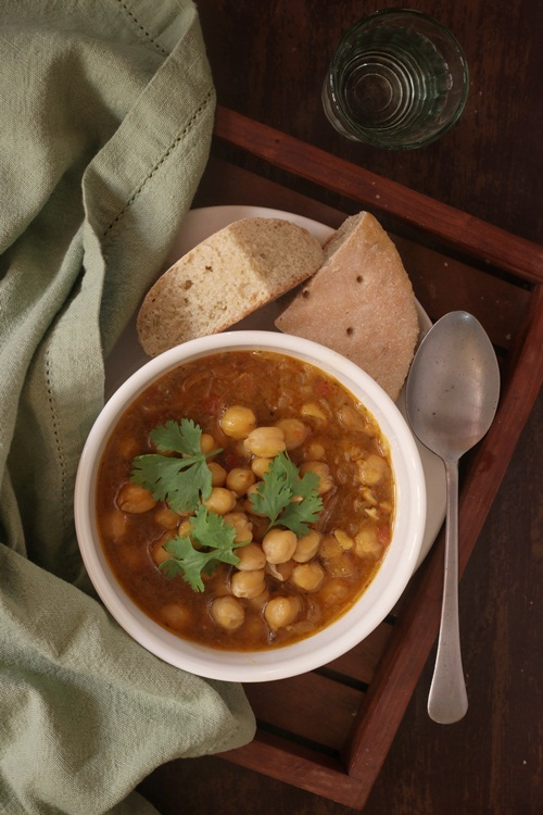 Moroccan K'Sra and Chickpea Soup
