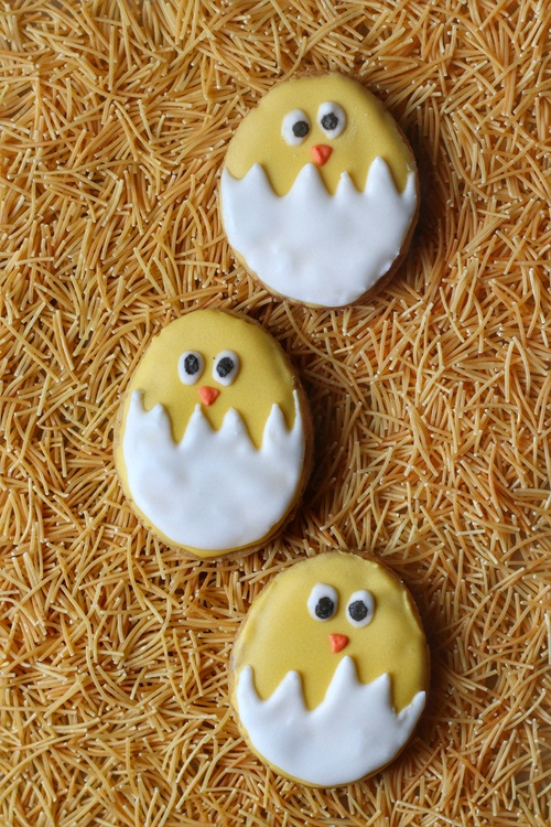 Wholewheat and Oat Easter Cutout Cookies